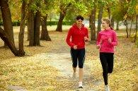 kobiety biegające po parku